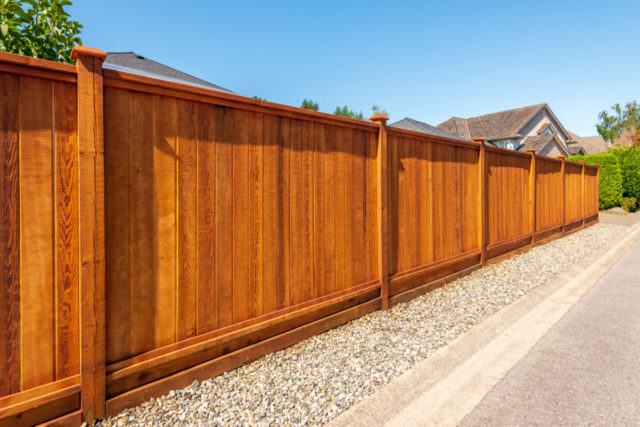Fence-Stain-Image-3